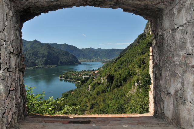 Vista del lago di Idro dalla Rocca d'Anfo
