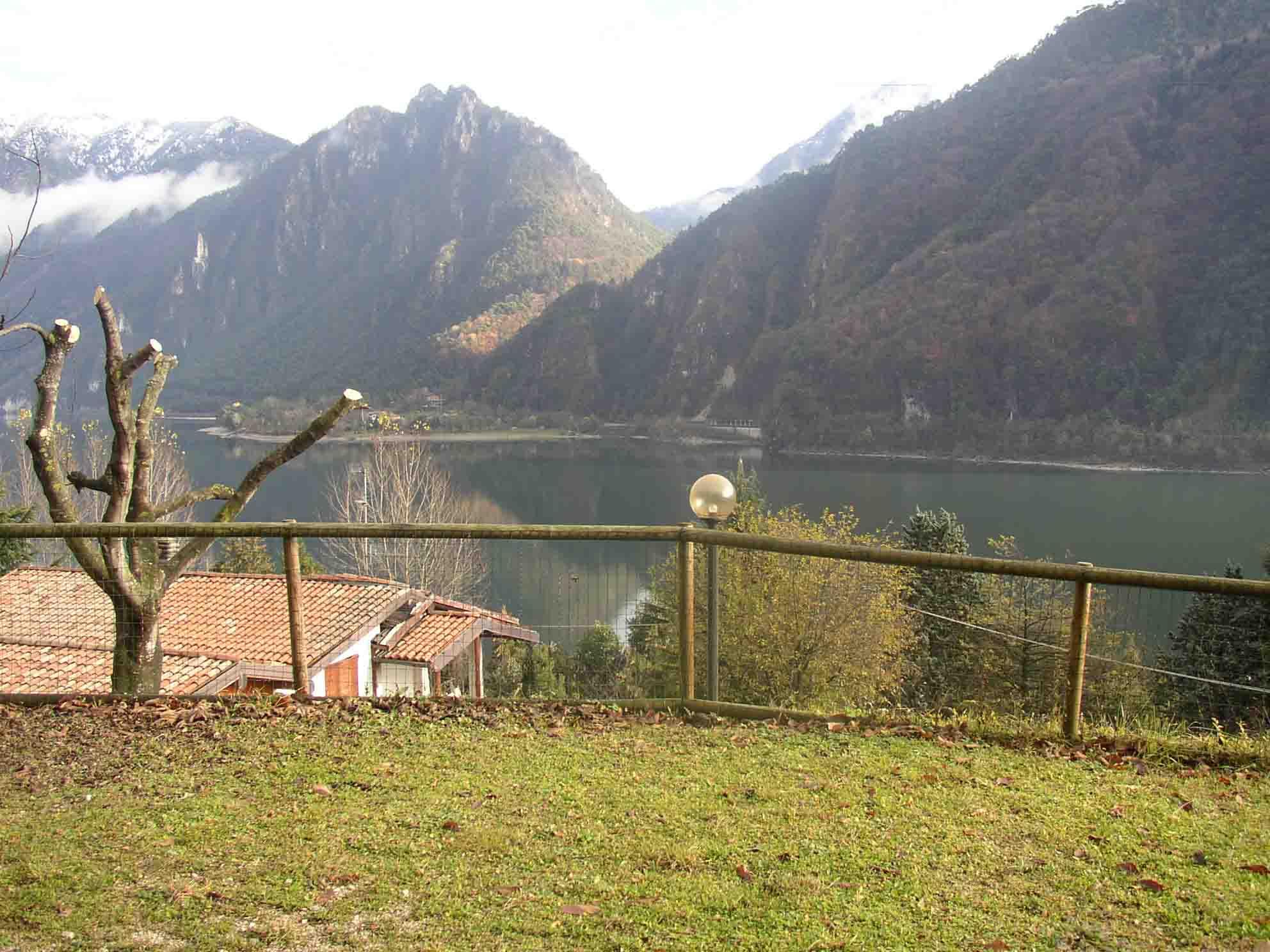 Vista panoramica Casa Marcella - Lago d' Idro - Hotel Alpino